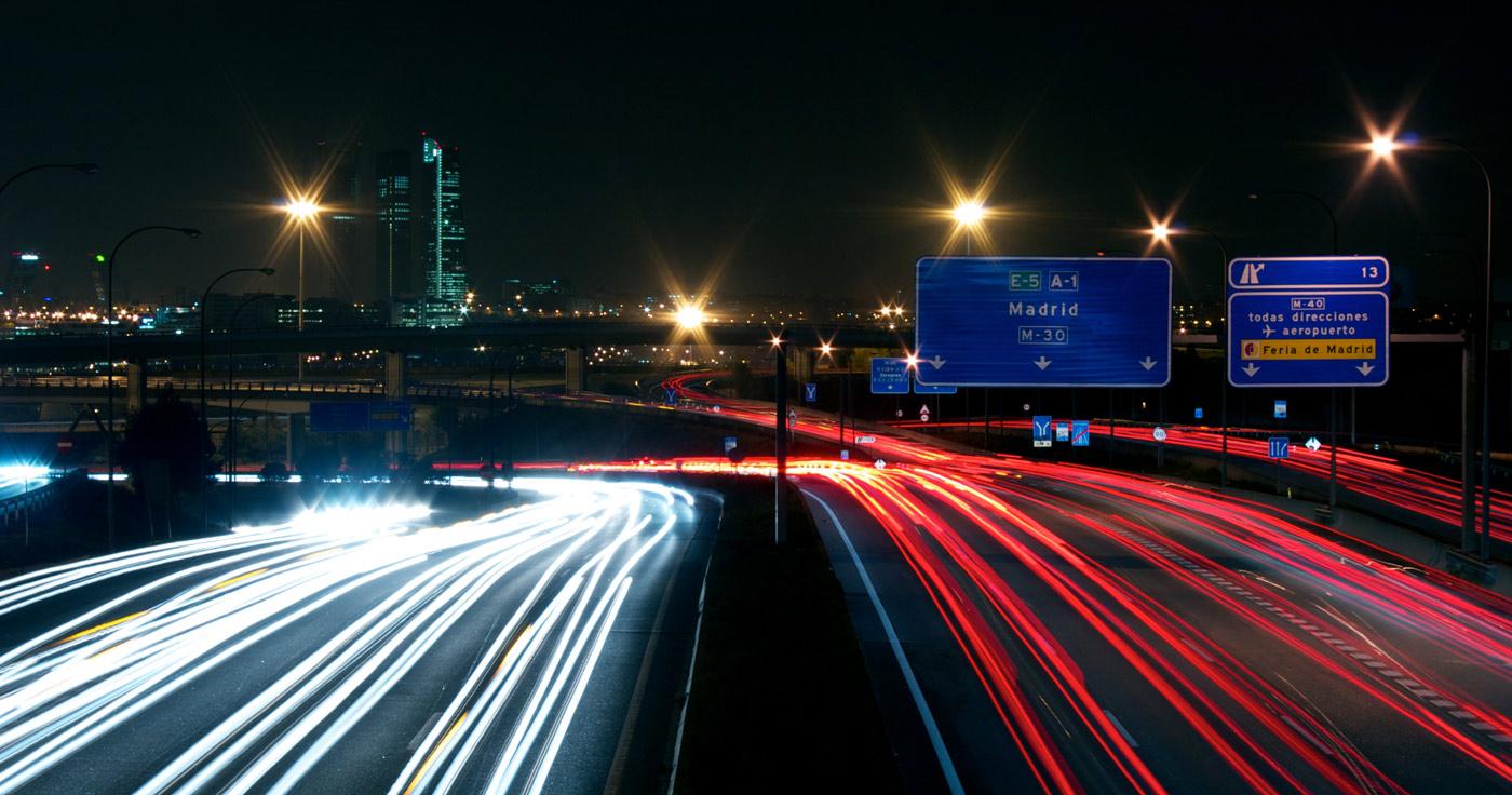 luces de la m30 de madrid con estelas
